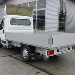LKW Pritschenaufbau 3700 - Tritt 1